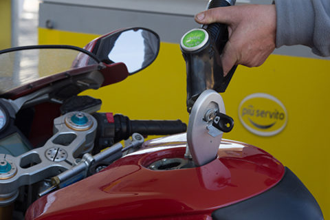 rifotnimento-carburante-ciampino